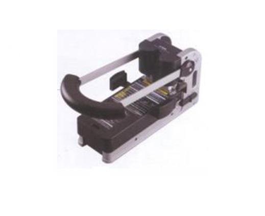 CARL 2 HOLE HEAVY DUTY PUNCH HD-530N 重型雙孔打孔機 | Staplers & Paper Punches 釘書機 & 打孔機